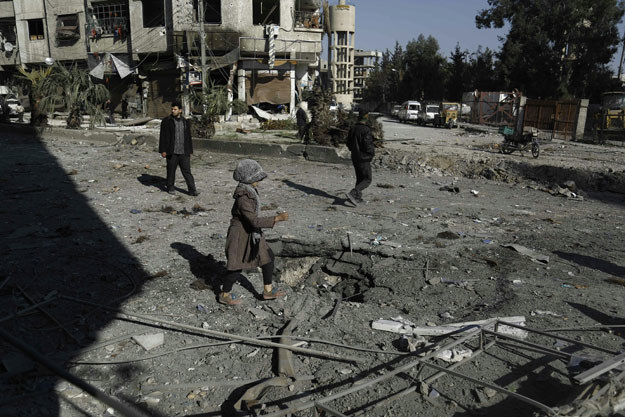Wojna w Syrii pochłonęła już kilkaset tysięcy ofiar /AFP