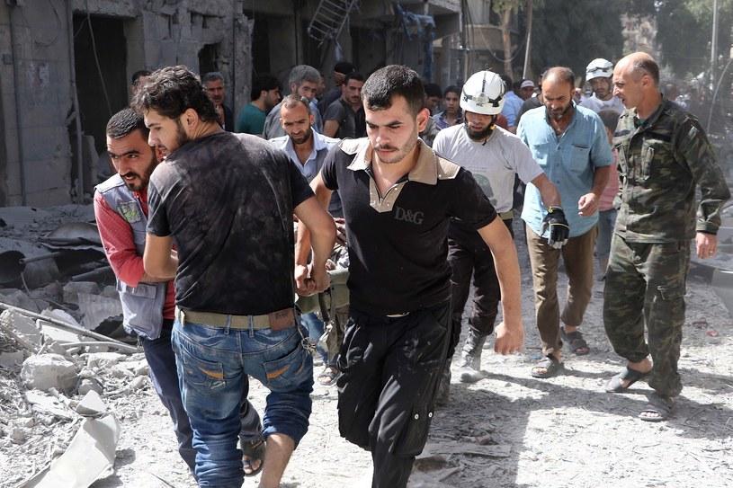 Wojna w Syrii pochłonęła setki tysięcy ofiar /Getty Images