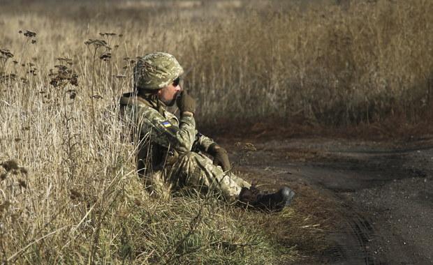 Wojska rządowe i separatyści wycofują się z linii frontu w Donbasie