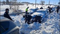 Wojsko na ratunek Madrytowi. Takiej ilości śniegu dawno tam nie widziano