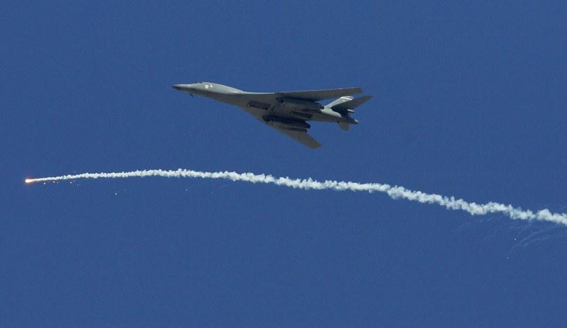 Wojsko nie chce wysyłać samolotów na emeryturę /AFP