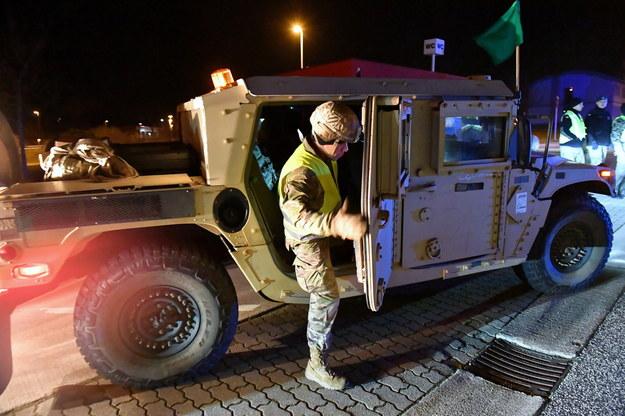 Wojsko USA na przejściu granicznym w Kołbaskowie /Marcin Bielecki   /PAP