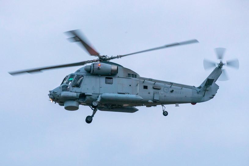 Wojskowa grupa operacyjna przewiozła z Białej Wyspy 6 ciał ofiar /DAVID ROWLAND  /PAP/EPA