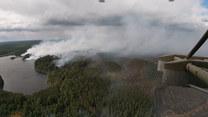 Wojskowe helikoptery walczą z pożarami lasów w północno-zachodniej Rosji