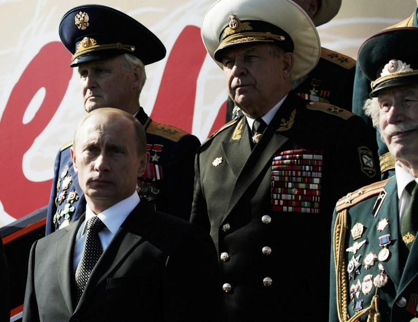Wojskowi tracą w Rosji na znaczeniu. Ich miejsce zajeli oficerowie wywiadu /Getty Images/Flash Press Media