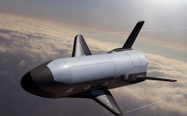 Wojskowy samolot kosmiczny X-37B projektowany przez US Army /materiały prasowe
