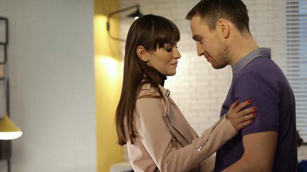 Wojtek (Mateusz Janicki) i Janka (Joanna Osyda /www.mjakmilosc.tvp.pl/