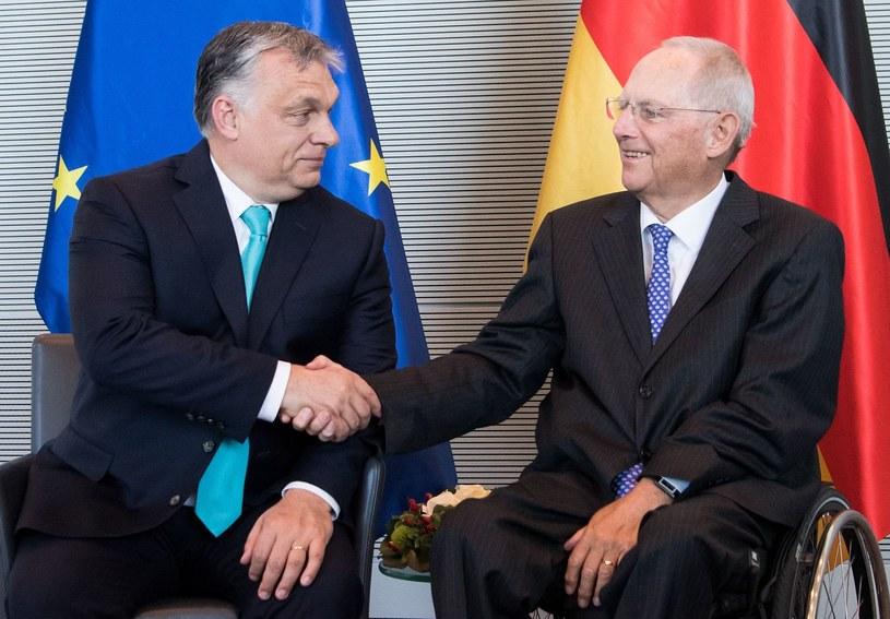 Wolfgang Schaeuble (P) i Viktor Orban /AFP