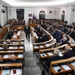 Wolne 12 listopada. Senat przyjął ustawę z 3 poprawkami