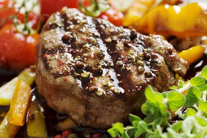 Wołowina z marynaty /123RF/PICSEL