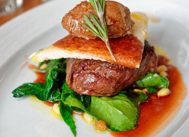 Wołowina ze szpinakiem /123RF/PICSEL