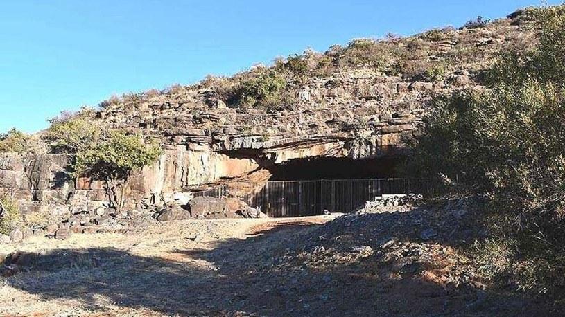 Wonderwerk Cave - zdjęcie jaskini z zewnątrz /materiały prasowe