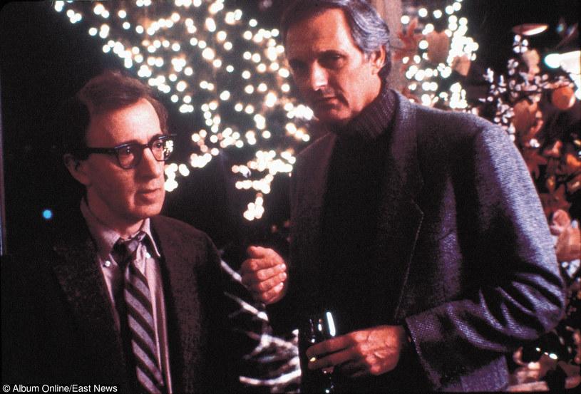 """Woody Allen i Alan Alda w filmie """"Zbrodnie i wykroczenia"""" /East News"""