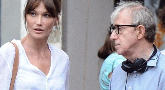 "Woody Allen i Carla Bruni-Sarkozy na planie filmu ""Midnight in Paris"" /AFP"