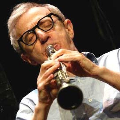 Woody Allen od lat gra na klarnecie /AFP