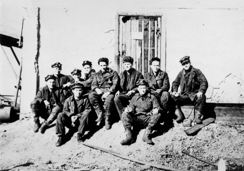 Workuta, 1956, górnicy z kopalni nr 40 /KARTA /Agencja FORUM