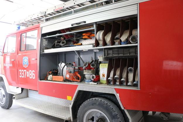 Wóz strażacki w Naramie /Józef Polewka /RMF FM