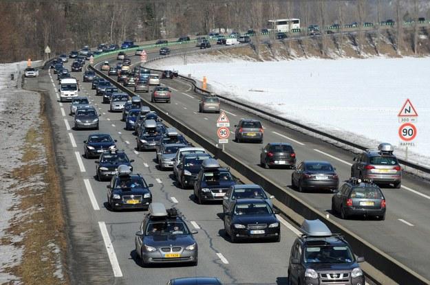 Wozisz swoim autem powietrze? /AFP