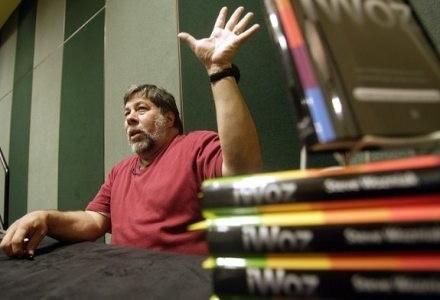 """Wozniak podczas prezentacji swojej ksiązki iWoz. Co dalej? """"Idol""""? Prowadzenie porannego talk-show. /AFP"""