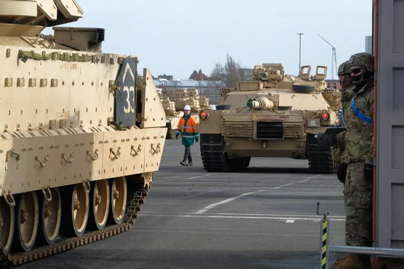 Wozy bojowe USA /PATRIK STOLLARZ / AFP /AFP