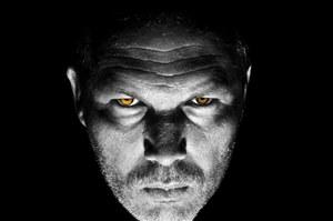 Wpatrywanie się w czyjeś oczy może wywoływać halucynacje