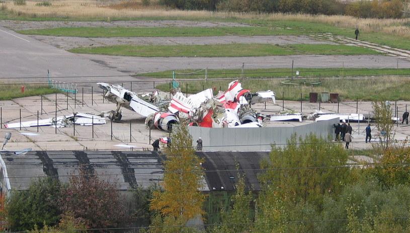 Wrak prezydenckiego Tu-154M /Mariusz PIekarski /RMF FM