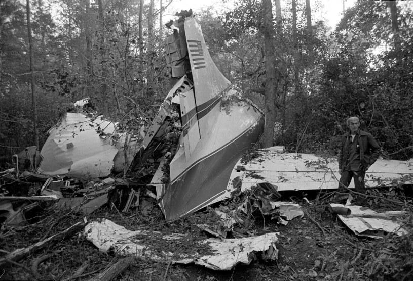 Wrak samolotu, którym podróżowali muzycy Lynyrd Skynyrd /AP/Fotolink