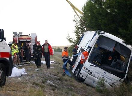 Wraz ze wzrostem bezrobocia zmniejsza się liczba ofiar wypadków drogowych. /AFP