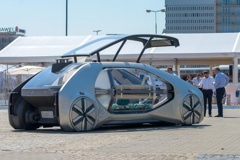 Wręczeniu nagród w konkursie towarzyszył pokaz autonomicznego samochodu Renault EZ-GO /materiały prasowe