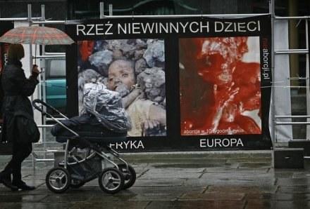 Wrocław: Kontrowersyjna wystawa przeciwko aborcji / fot. M. Kulczyński /Agencja SE/East News