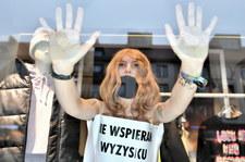 Wrocław: Nagi protest w Czarny Piątek