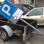 Wrocław: Pijany kierowca zniszczył osiem aut