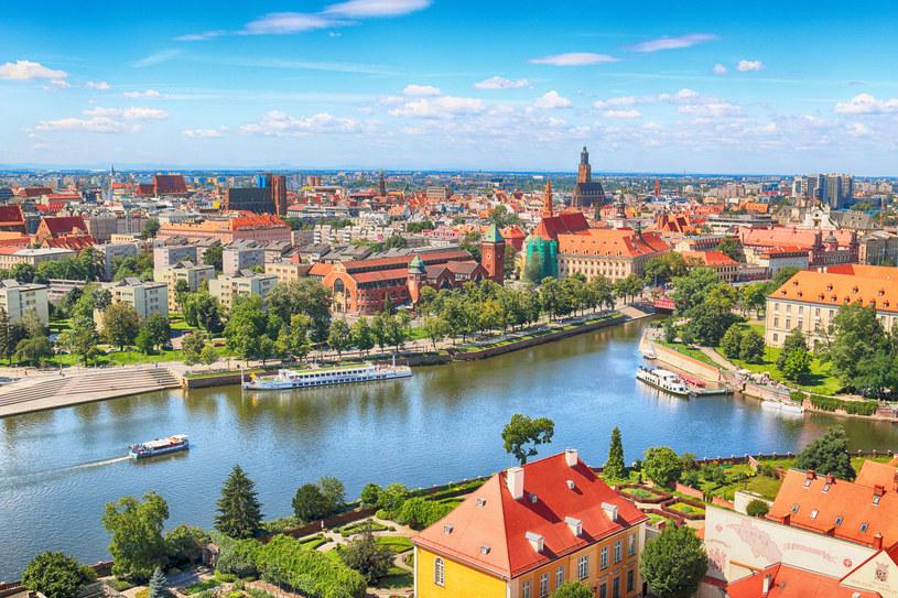 Wrocław wygląda pięknie z perspektywy Odry /123RF/PICSEL