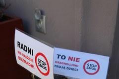 Wrocławskie krasnoludki dostały maski antysmogowe