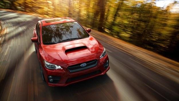WRX będzie oferowany wyłącznie jako sedan. Wlot powietrza na masce - obowiązkowy. /Subaru