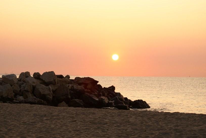 Wschód słońca w Złotych Piaskach w Bułgarii /123RF/PICSEL