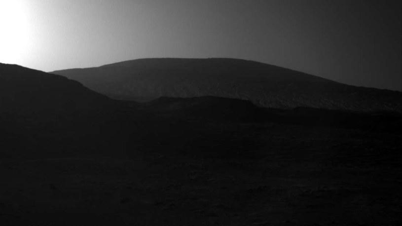 Wschody Słońca na Marsie mogą być niebieskie /NASA