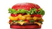 Wściekle ostry burger w czerwonej bułce