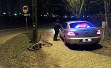 0007PZ1AM88K50JS-C307 Wsiadł na rower bez oświetlenia, do tego pijany