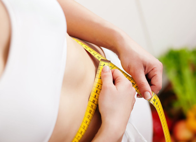 Wskazania wagi zależą od konkretnego dnia tygodnia - stwierdzili naukowcy. /123RF/PICSEL