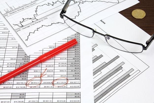 Wskaźnik PMI dla przemysłu w Polsce w październiku wyniósł 50,8 pkt. /123RF/PICSEL