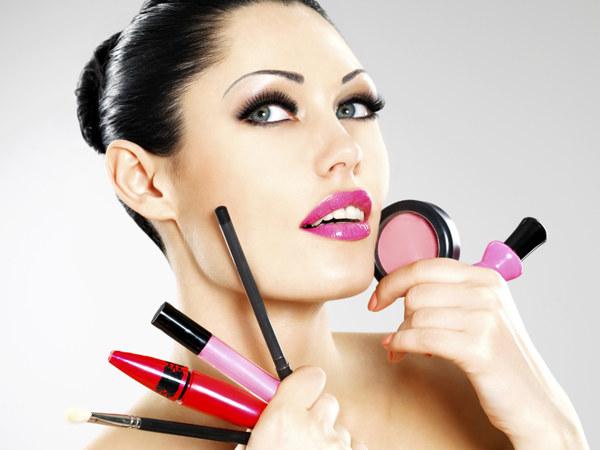 wskazówki kosmetyczne /© Photogenica