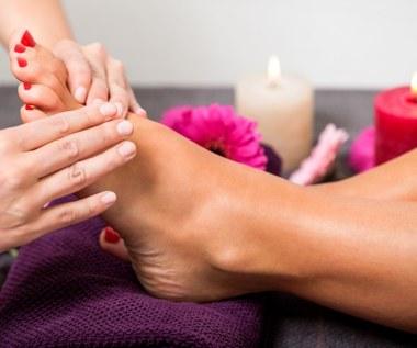 Wskazówki, które pomogą ci zadbać o stopy