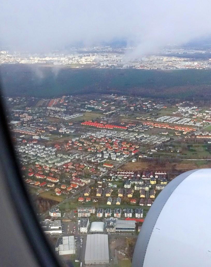 Współczesny widok z samolotu na Las Kabacki /Wojtek Laski /East News
