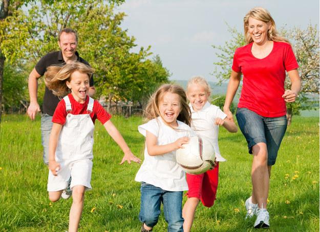 Wspólnie spędzany czas zacieśnia więzy rodzinne /© Panthermedia
