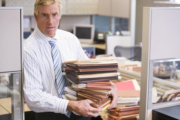 Wśród badanych dominuje przekonanie o potrzebie posiadania wszystkich dokumentów na papierze /© Panthermedia