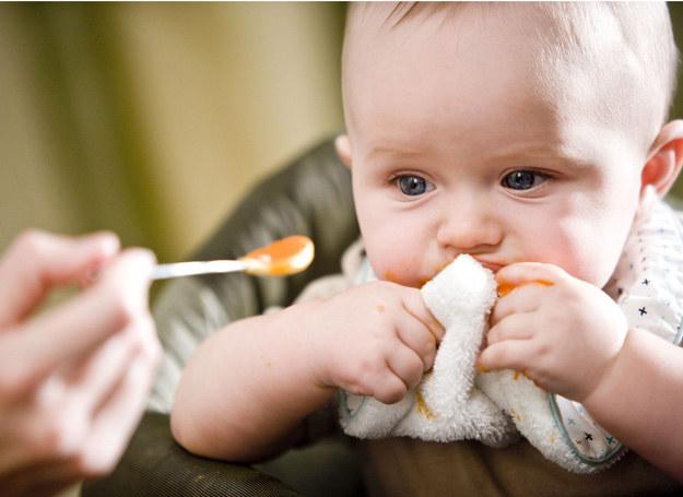 Wśród dzieci w wieku 1-3 lata: 55 proc. waży zbyt mało lub zbyt dużo. /123RF/PICSEL