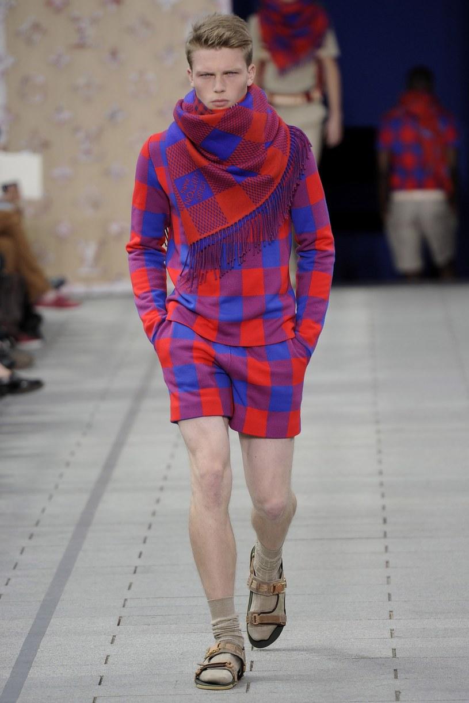 Wśród kolekcji Louis Vuitton każdy mężczyzna znajdzie coś dla siebie /Getty Images/Flash Press Media
