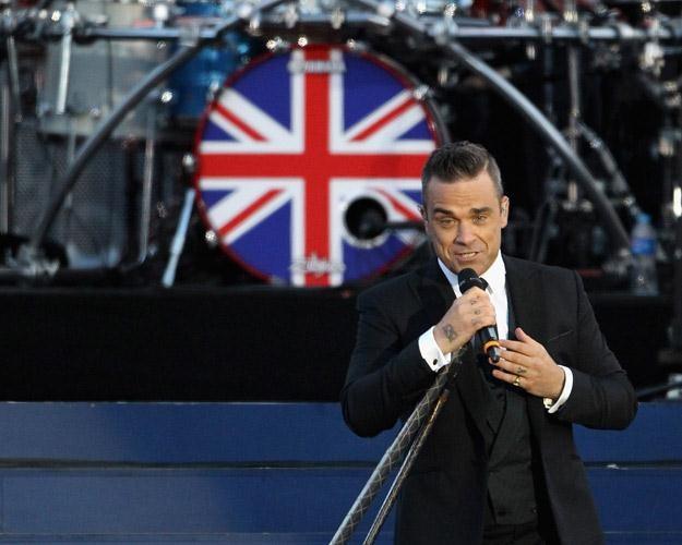 """Wśród nominowanych m.in. """"Angels"""" Robbiego Williamsa - fot. Dan Kitwood /Getty Images/Flash Press Media"""