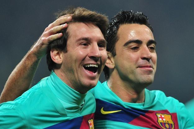 Wśród nominowanych nie mogło zabraknąć Lionela Messiego (z lewej) i Xaviego z FC Barcelona /AFP